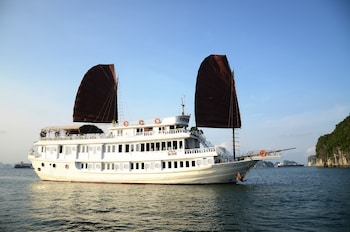 Picture of V'Spirit Classic Cruises in Halong