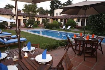 Фото Hotel Las Caballerizas у місті Валле де Браво