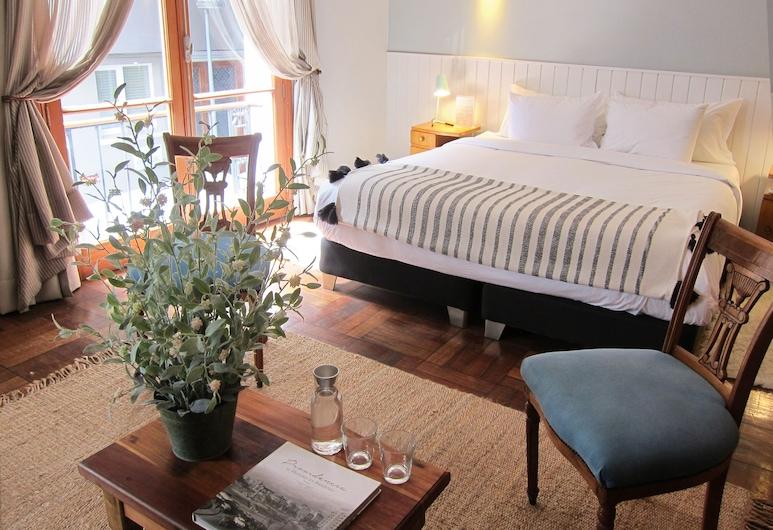 Casanoble Hotel Boutique, Santiago, Deluxe Double Room, Balcony, Guest Room