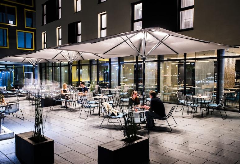 Holiday Inn Express Karlsruhe - City Park, קרלסרוה, בר המלון
