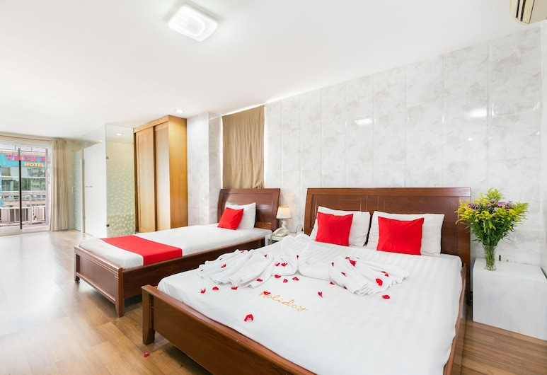 Holiday Hotel, Ho Chi Minh City, Family Suite, Guest Room