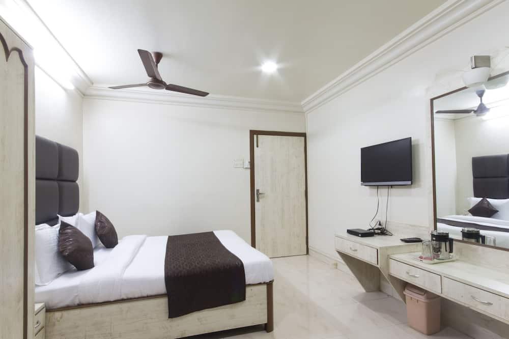 Стандартный двухместный номер с 1 или 2 кроватями, 1 двуспальная кровать, отдельная ванная комната - Номер