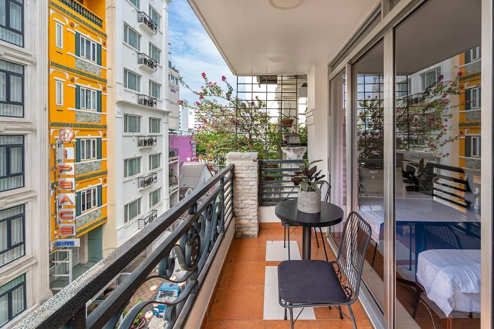 Signature Tek Büyük veya İki Ayrı Yataklı Oda, Balkon - Balkon Manzarası