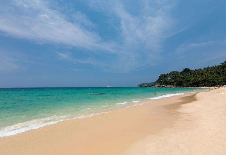 마나타이 수린 푸켓, Choeng Thale, 해변