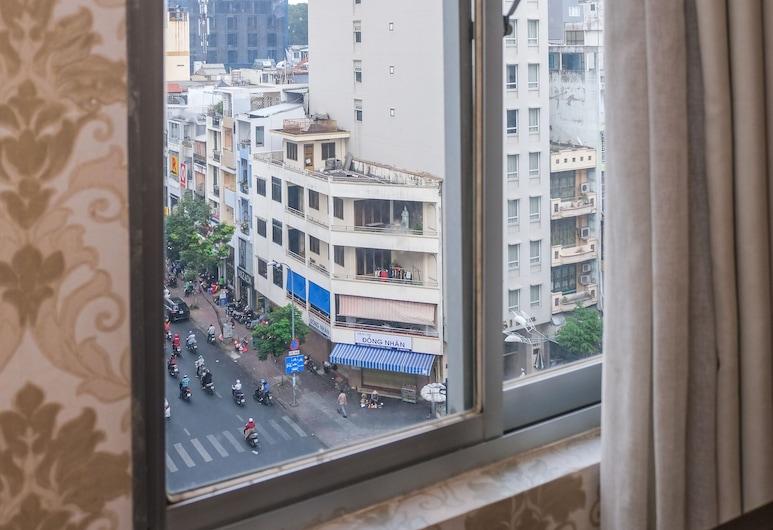 Metro Points Hotel, Хошимин, Двухместный номер «Делюкс» с 1 двуспальной кроватью, вид на город, Вид на город