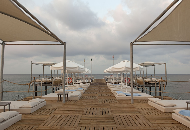 Long Beach Harmony Hotel & Spa, Alanya, Güneşlenme Verandası