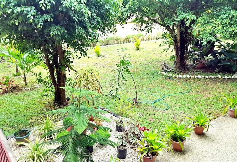 Mariafe Inn, Puerto Princesa, Puutarha