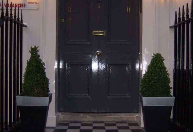 Lynton Hotel, London
