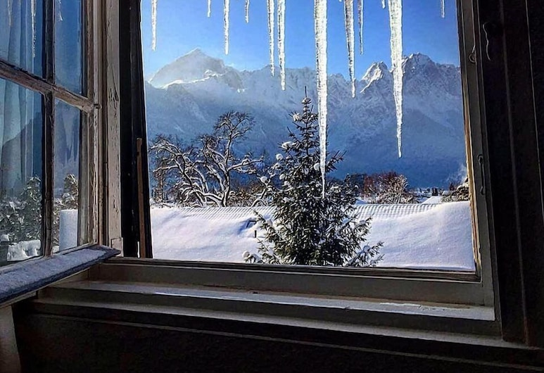 Gästehaus Hohe Tannen, Garmisch-Partenkirchen, Habitación doble, Vista de la habitación