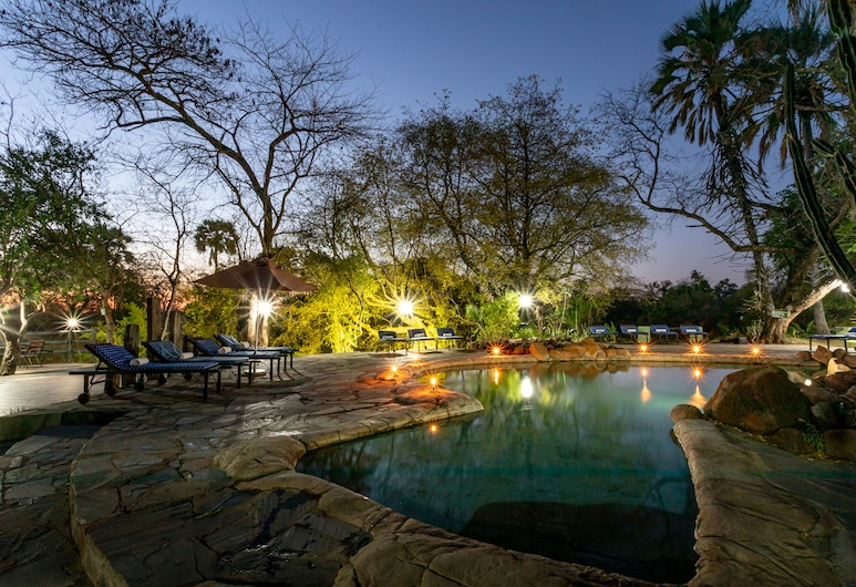 Maramba River Lodge, Livingstone, Piscina