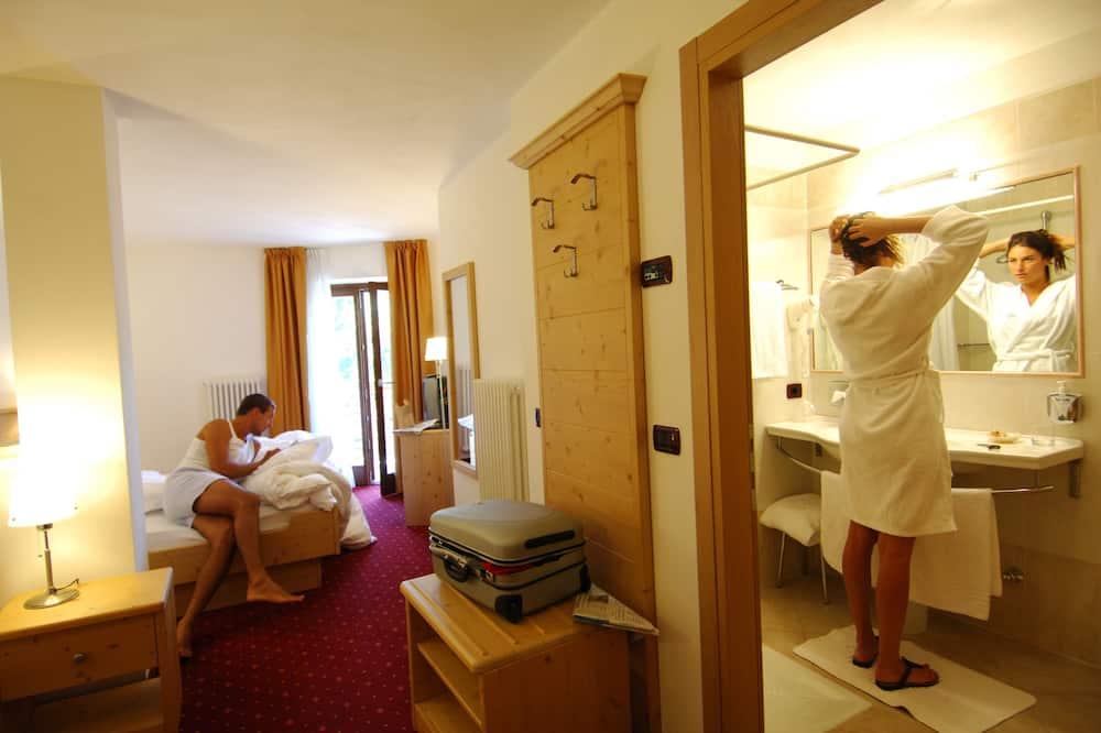 Четырехместный номер - Ванная комната
