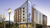 Book this Parking available Hotel in Westlake