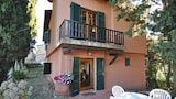 Choose this Villa in Greve in Chianti - Online Room Reservations
