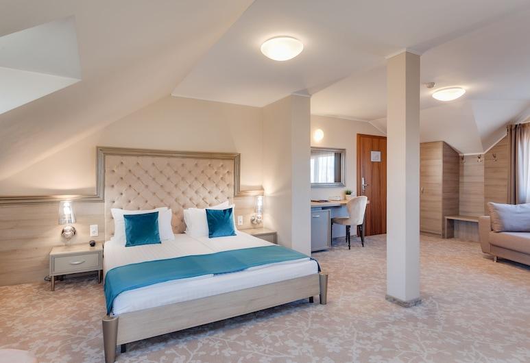 Hotel Meridian, Cluj-Napoca, Junior-svíta - 1 meðalstórt tvíbreitt rúm, Herbergi