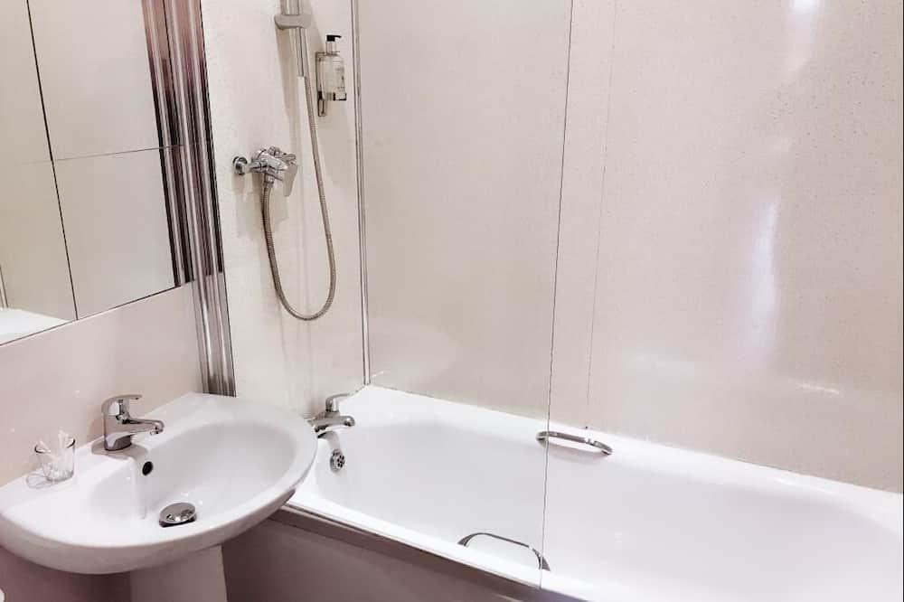 Apartment, eigenes Bad (2 Bedroom) - Badezimmer