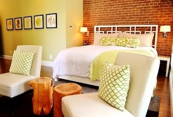 Picture of Suites at 249 in Culpeper