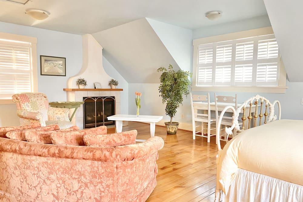 Sleeping Beauty Room - Wohnbereich