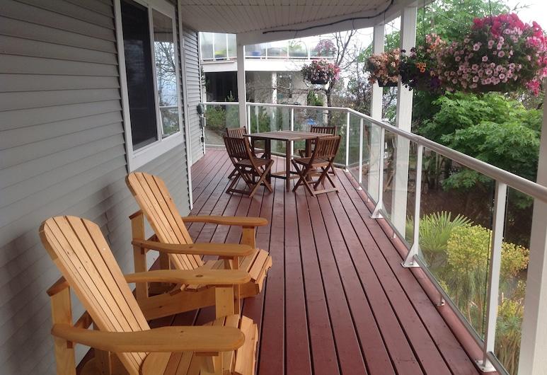 Nanaimo Ocean View Guesthouse, Nanaimo, Balkon
