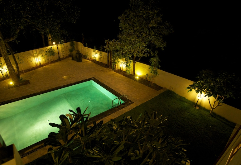 Clove Villa, Kandy, Outdoor Pool