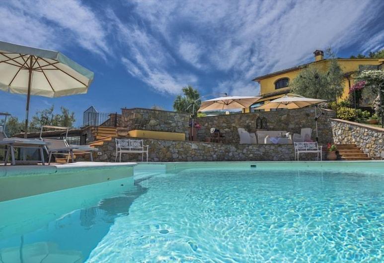 Villa Casalguidi, Serravalle Pistoiese, Piscina al aire libre