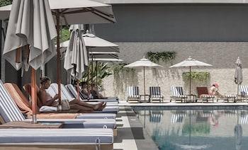 A(z) Hotel IKON Phuket hotel fényképe itt: Karon