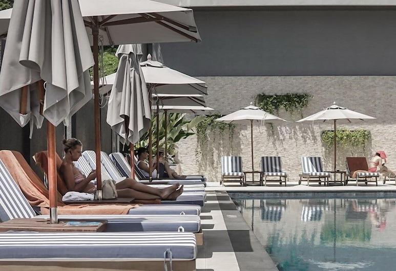 Hotel IKON Phuket, Karon, Pool