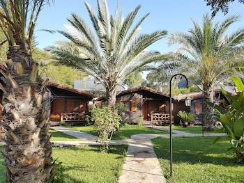 Picture of Canada Hotel & Bungalows in Kemer