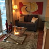 Panoramic Suite, 1 Bedroom, Harbour View - Living Area
