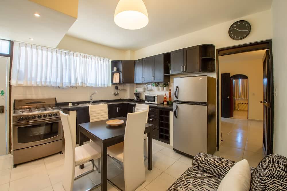 Apartamento Deluxe, 2 habitaciones - Zona de estar