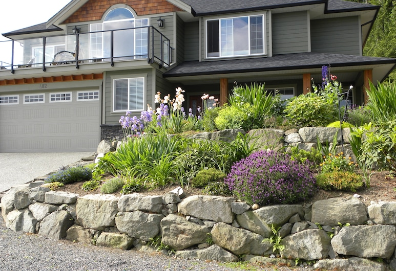 Hillcrest Ave Bed & Breakfast, Ladysmith, Aed