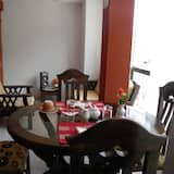 Standard Apartment (2 Adults) - In-Room Dining
