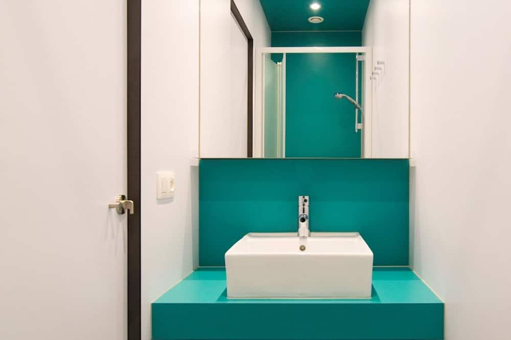 Deluxe Duplex (3 people) - Bathroom