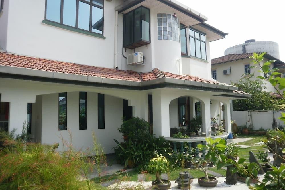 Bungalow Suite - Garden View
