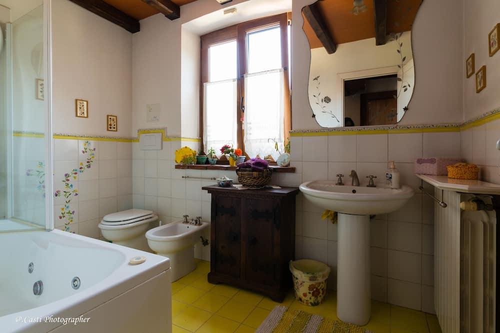 Романтический лофт - Ванная комната