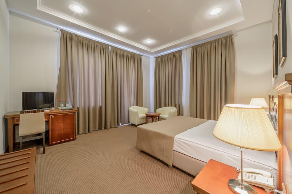 Standaard kamer, 1 twee- of 2 eenpersoonsbedden, 1 slaapkamer, Balkon, Uitzicht op de binnenplaats - Kamer