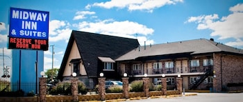 Picture of Midway Inn & Suites in Oak Lawn