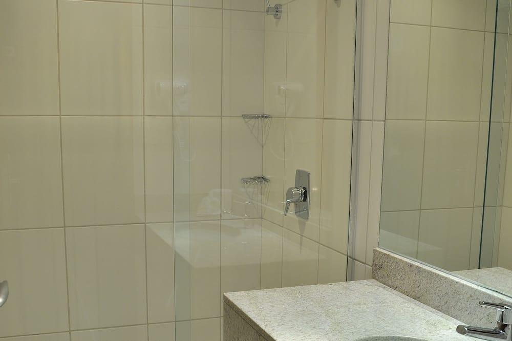 ห้องลักซ์ชัวรี่ทริปเปิล - อ่างล้างมือ