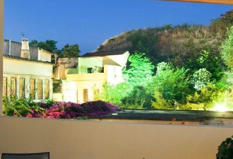 Shalom Luxury Rooms, Chania, Junior Suite, Balcony, Balcony