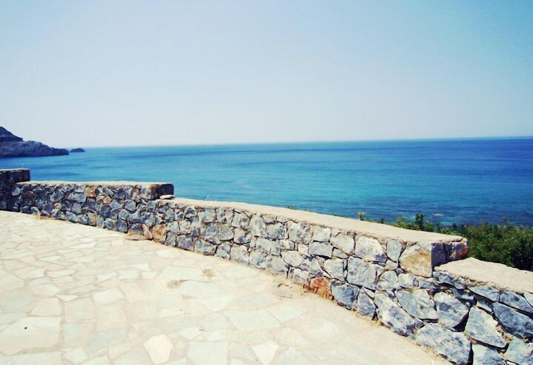 Panorama Studios and Apartments, Agios Vasileios, Property Grounds