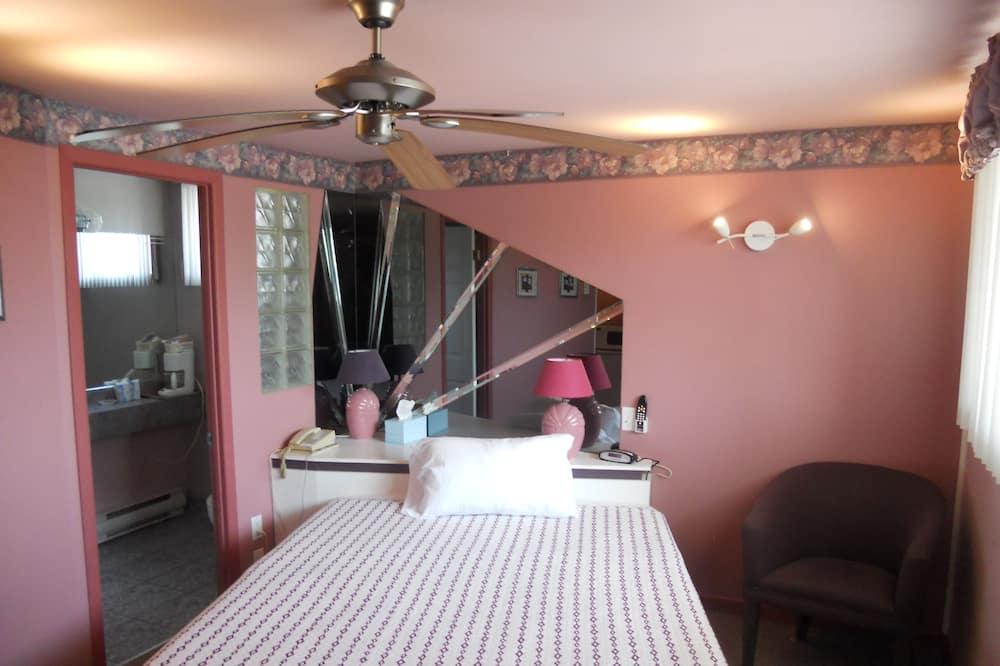 客房, 1 張加大雙人床, 按摩浴缸 - 客房