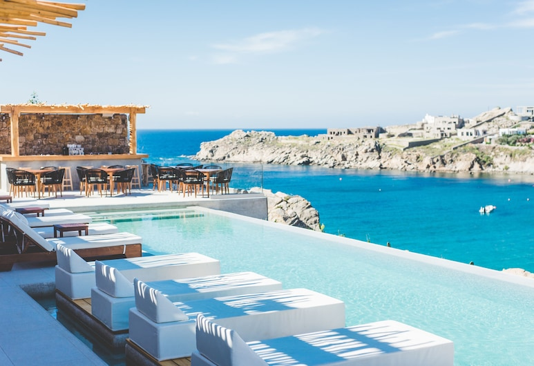 Super Paradise Suites, Mikonos, Alberca infinita