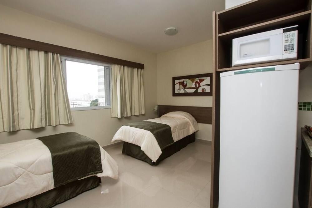 Standard Oda, Birden Çok Yatak - Oturma Alanı