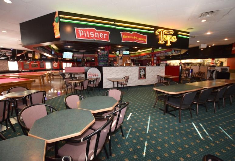 艾洛柏汽車旅館, 冷湖, 運動酒吧