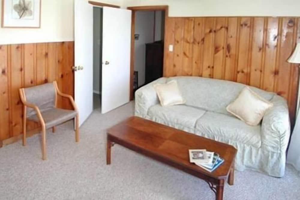קוטג' סטנדרט, 2 חדרי שינה, נוף לים, פונה לים (Briar) - סלון