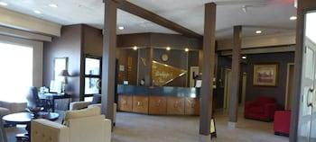Fort McMurray bölgesindeki The Bridgeport Inn resmi
