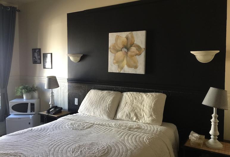 Hôtel Econo Confort, เชอวินิกัน, ห้องสแตนดาร์ด, เตียงควีนไซส์ 1 เตียง, ห้องพัก