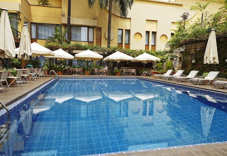 Hotel Memling, Kinshasa, Útilaug
