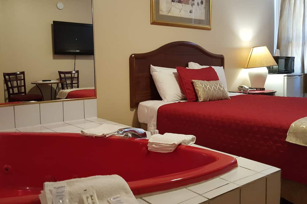 Deluxe Room, Jetted Tub - Guest Room