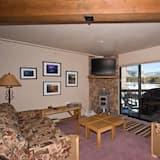 Condo, 3 Bedrooms, Lakeside - Ruang Tamu