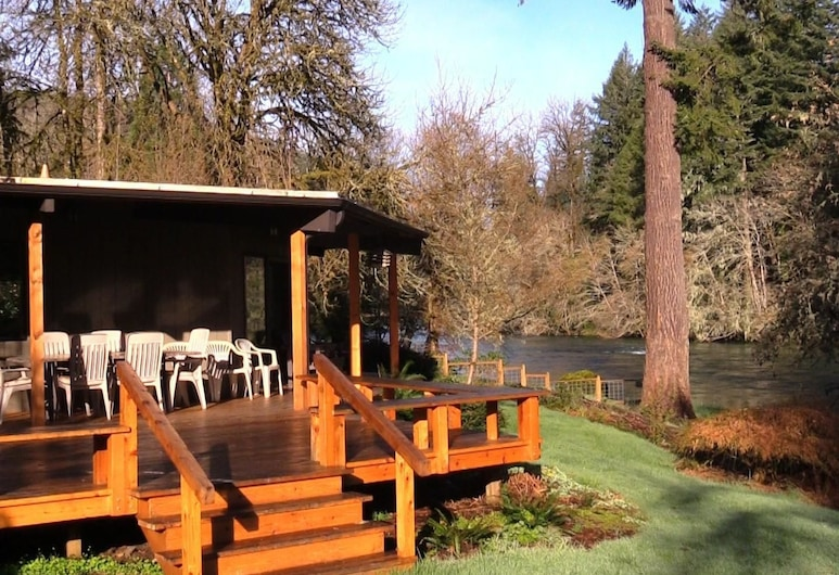 The Wayfarer Resort, Vida, Pokoj